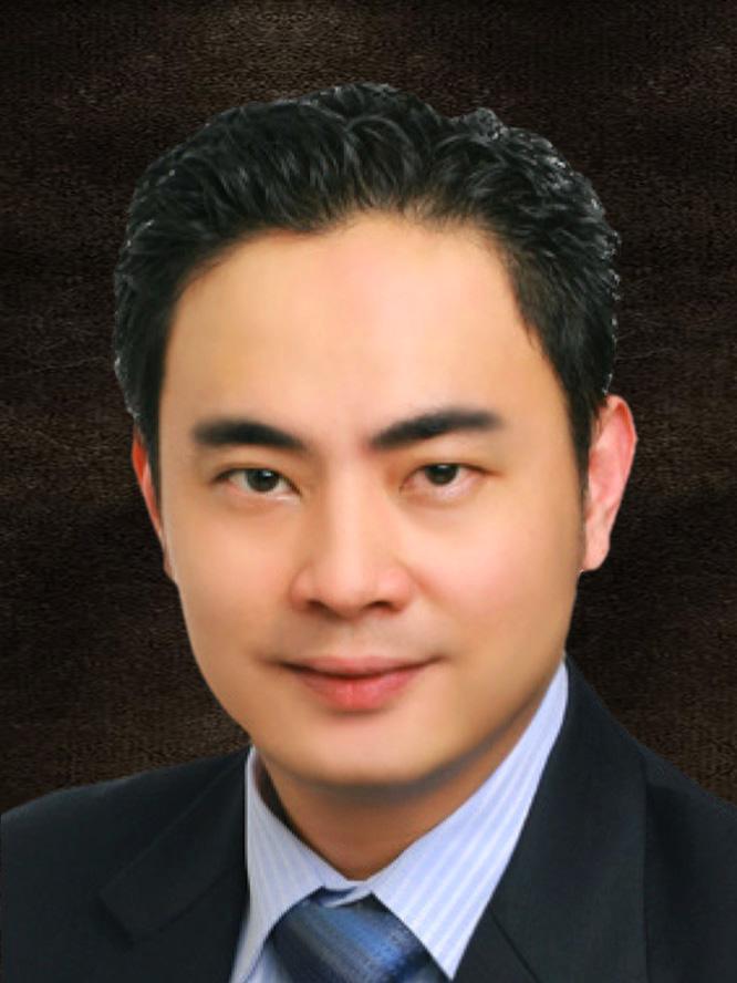 Mr Ivan Lew Chee Beng